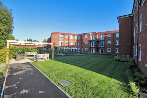 View Full Details for Pinewood Gardens, Southborough, Tunbridge Wells